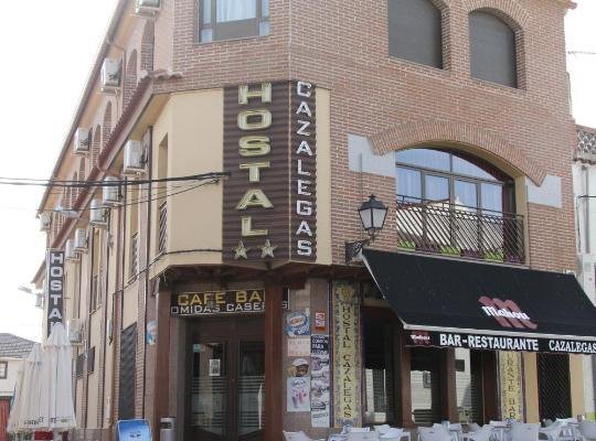 Хотел снимки: Hostal Cazalegas
