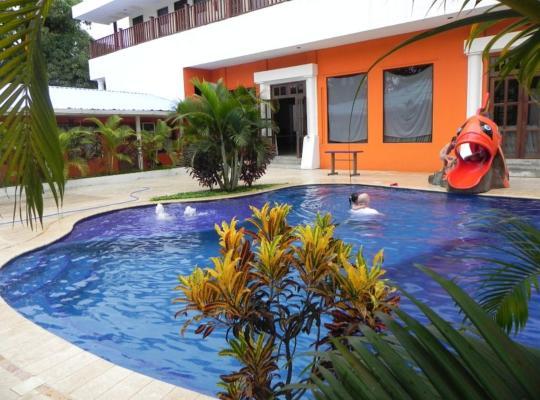 Хотел снимки: Hotel Puerto Libre