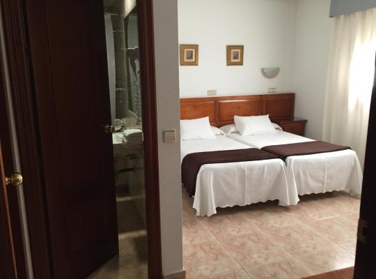 รูปภาพจากโรงแรม: Hotel Martin