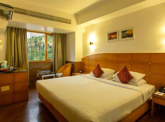 Viesnīcas bildes: Ramee Guestline Hotel Khar