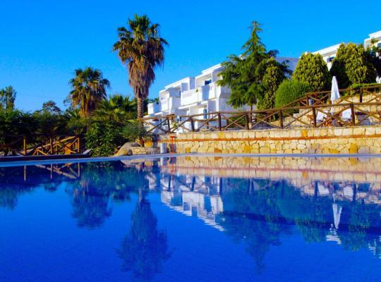 Фотографии гостиницы: Agionissi Resort