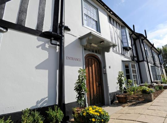 Hotel photos: The Red Lion Hotel