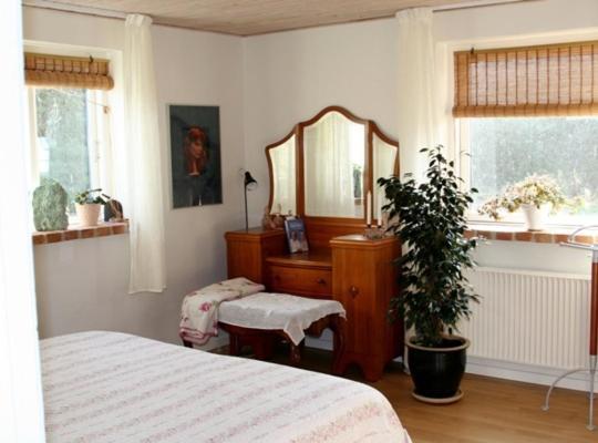 Hotel photos: Stutteri Sonne Bed & Kitchen