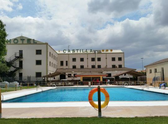 Хотел снимки: Hotel Castilla