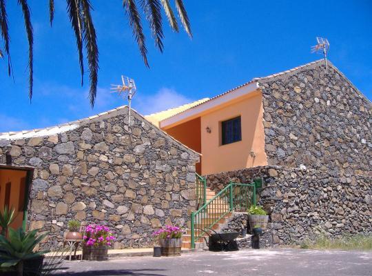 ホテルの写真: Casas Rurales Amparo Las Hayas
