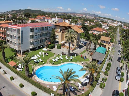 תמונות מלון: Hotel Subur Maritim
