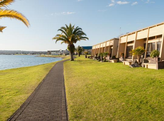 酒店照片: Oasis Beach Resort