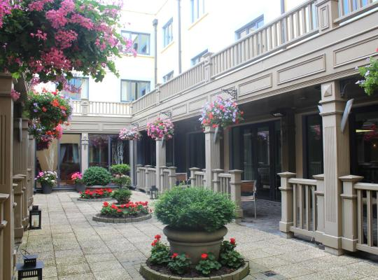 ホテルの写真: Talbot Hotel Stillorgan (Formerly Stillorgan Park Hotel)