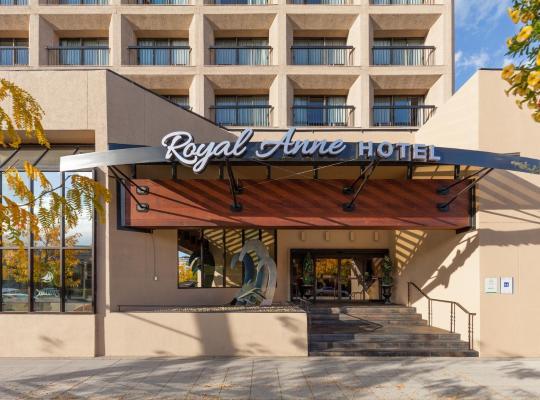 Hotel photos: Royal Anne Hotel