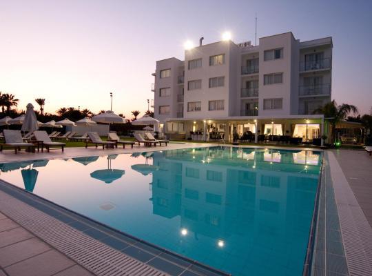 Hotel fotografií: Frixos Suites Hotel Apartments