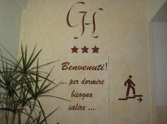 酒店照片: Castelfranco Hotel