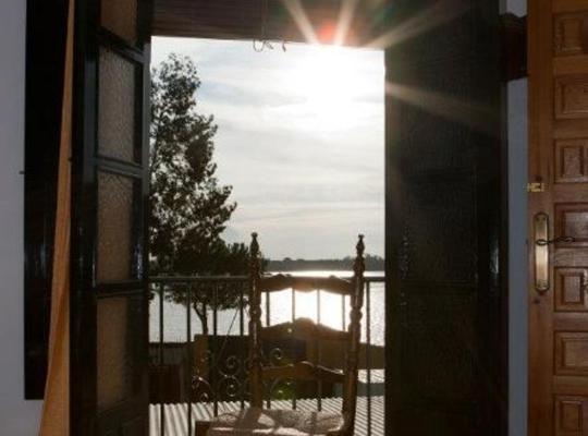 Фотографії готелю: Pensión Cristina