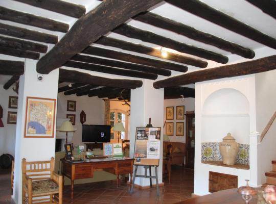 Képek: Hotel Apartamento Rural Finca Valbono