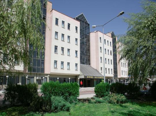 รูปภาพจากโรงแรม: Altınöz Hotel
