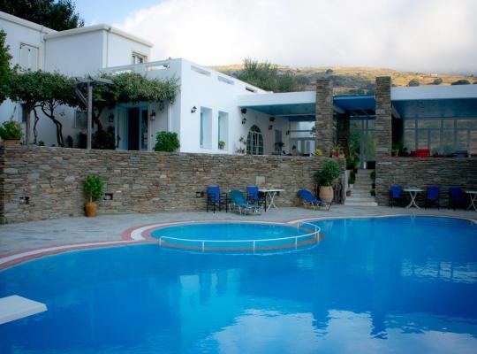 Foto dell'hotel: Aiolos Hotel Andros