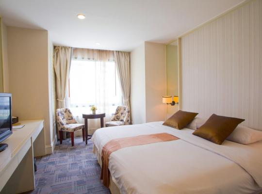 Otel fotoğrafları: Aphrodite Inn Bangkok