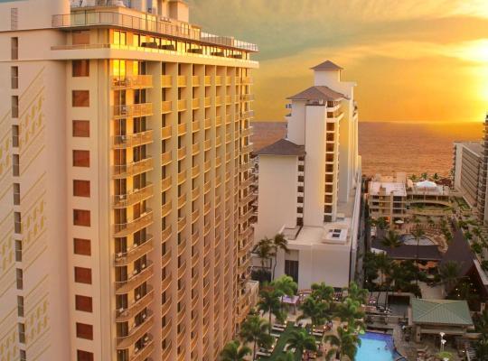Photos de l'hôtel: Embassy Suites by Hilton Waikiki Beach Walk