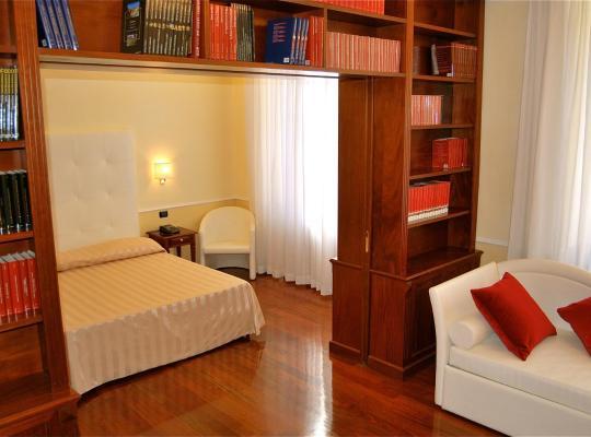 Otel fotoğrafları: Ludovisi Luxury Rooms