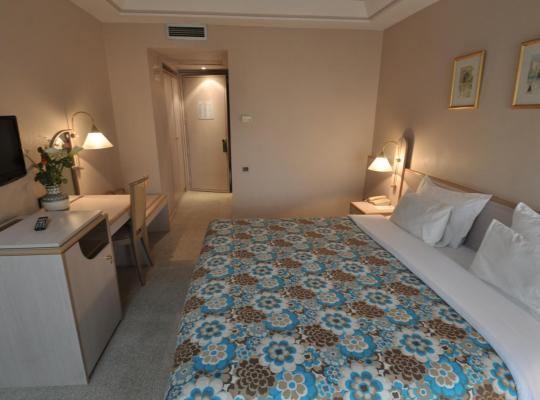 होटल तस्वीरें: Hôtel Wassim