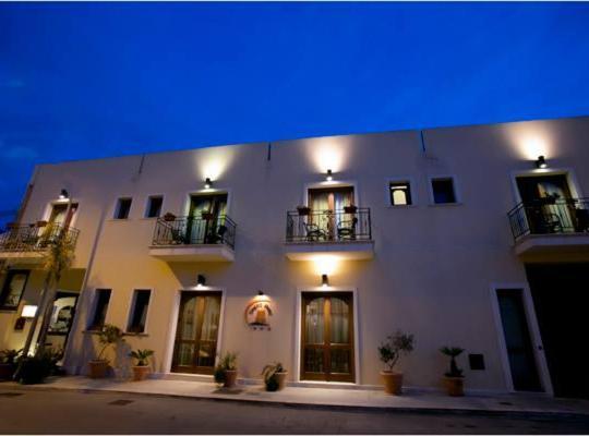 ホテルの写真: Zingaro Hotel