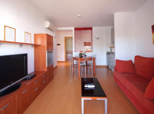 Фотографії готелю: Aparthotel Arenal