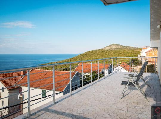 Hotel Valokuvat: Apartments Villa Krimovica