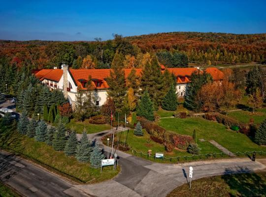 תמונות מלון: Szarvaskút Hotel
