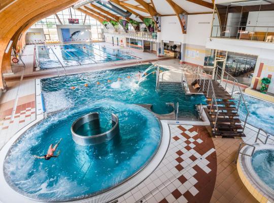 Φωτογραφίες του ξενοδοχείου: Hotel i Aquapark Olender