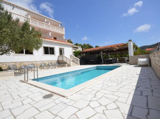 Hotel bilder: Villa Castello
