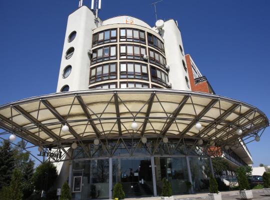 Képek: Hotel I