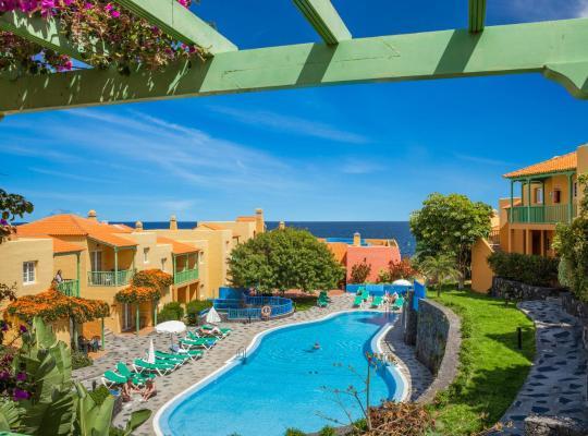 รูปภาพจากโรงแรม: Apartamentos La Caleta