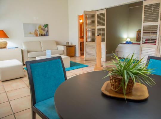 Hotel photos: Coronado Luxury Club & Suites