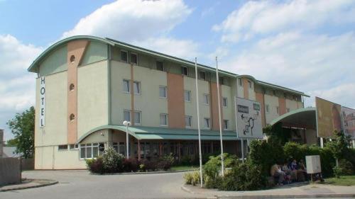 Otel fotoğrafları: Jancsár Hotel