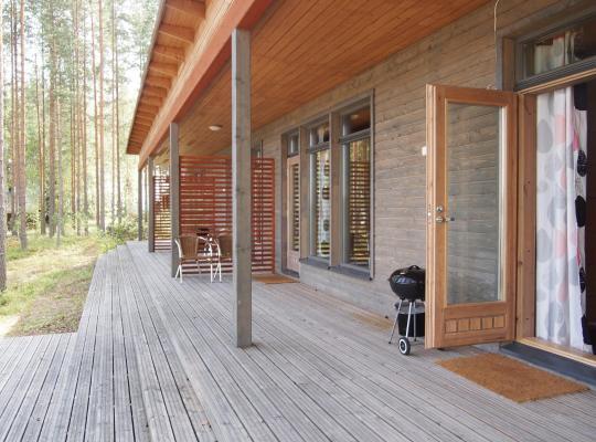 Hotel fotografií: Kuoreksenniemi Villas & Lakehouse