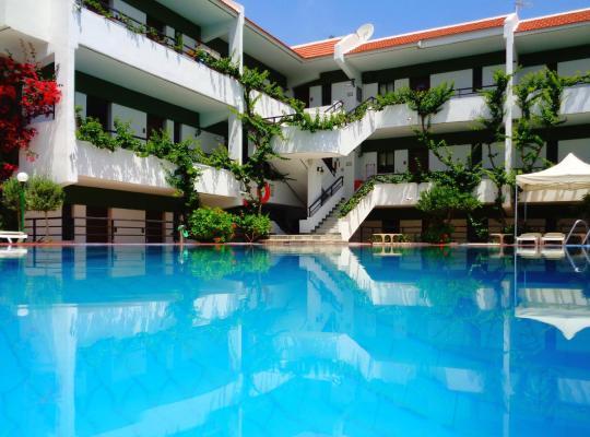 Photos de l'hôtel: Terinikos Apart-Hotel