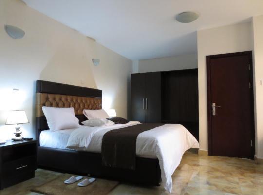 Hotel photos: Airport Plaza Hotel