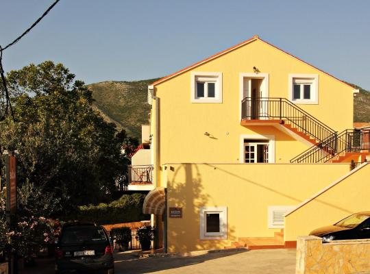 Hotel Valokuvat: Bacan Serviced Apartments