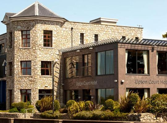 Képek: Upton Court Hotel