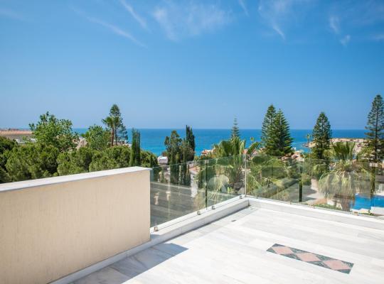 Hotel photos: Coralli Villas