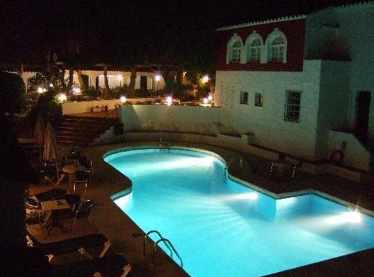 Хотел снимки: Hotel del Almirante
