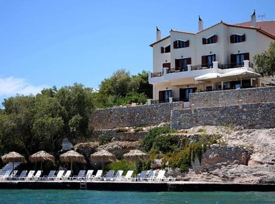 ホテルの写真: Kerkifalia Hotel