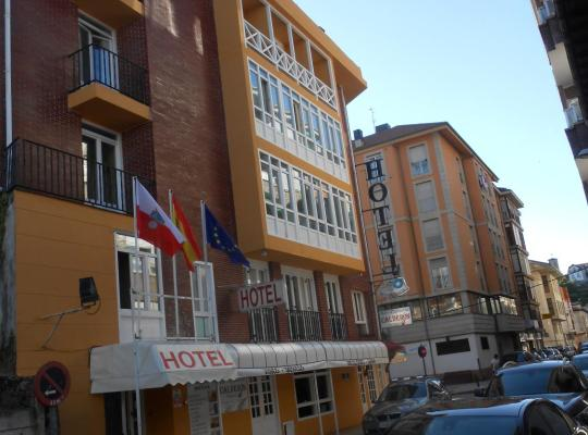 Hotel Valokuvat: Hotel Canton