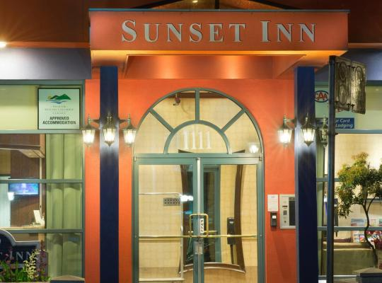 Hotel photos: Sunset Inn and Suites