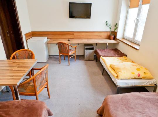 Képek: Hostel m-7