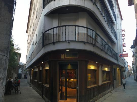 Otel fotoğrafları: Hotel Bayona