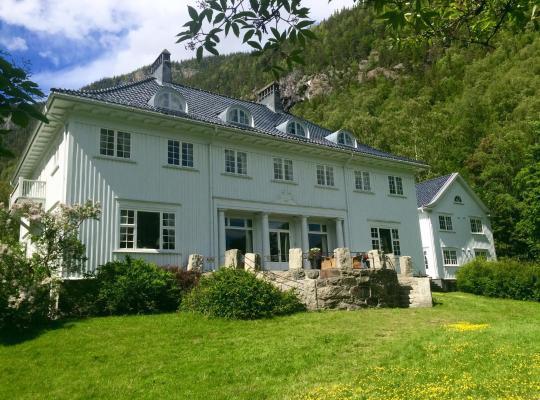 Ảnh khách sạn: Rjukan Admini Hotel