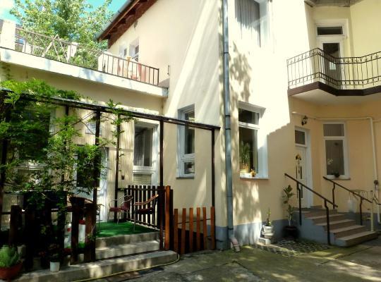 호텔 사진: Romzsa Tódor Kollégium