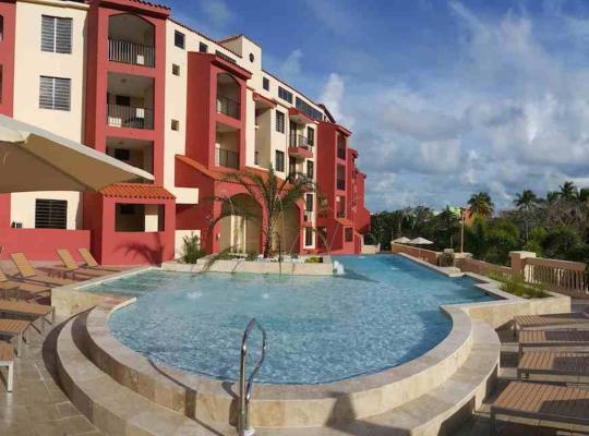 Фотографії готелю: The Plaza Suites