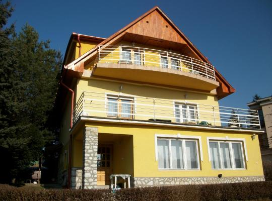 Hotel foto 's: Szamóca Vendégház