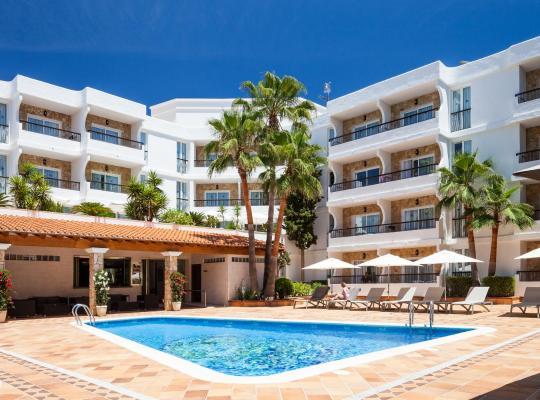 Fotografii: Suite Hotel S'Argamassa Palace
